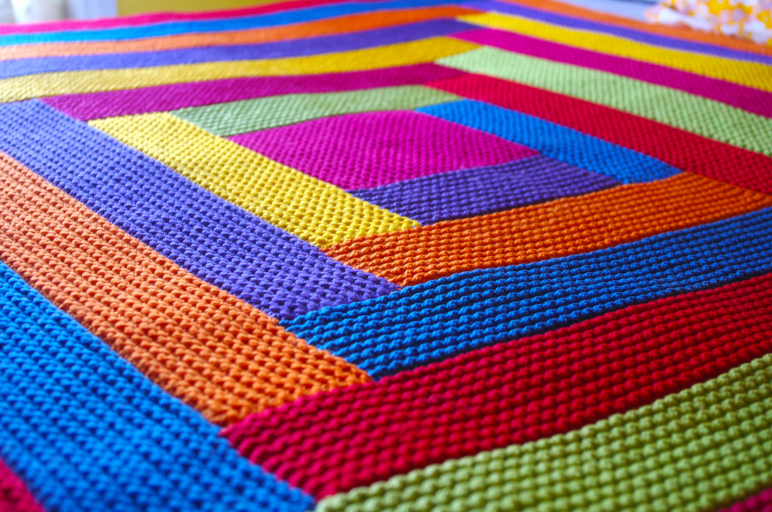 knitting blankets and a pattern for mitred squares knit as you go - tikki